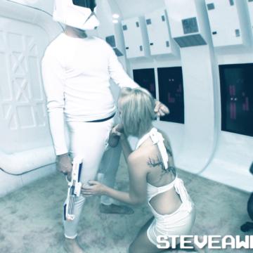 Stormtrooper Steve Awesome takes advantage of Princess Jenna Suvari